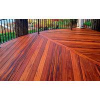 Террасная доска .Ценная порода древесины красного дерева. Порода-Кумару. Есть 55 м2. По ост.стоимости