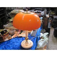 Симпатичная настольная лампа 48*32,5 см.