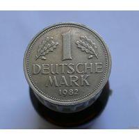 1 марка 1982 G Германия