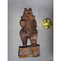 Медведь . Дерево . СССР