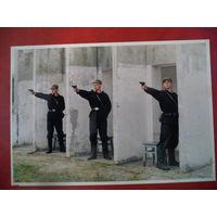 Фото из 90-х. Военнослужащие срочной службы выполняют норматив по стрельбе из ПМ. ВС РБ.