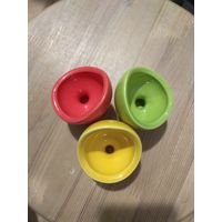 Набор цветных подставок под яйцо