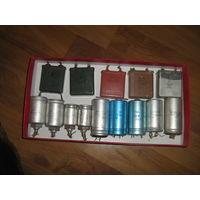 Набор  электролитических и плоских конденсаторов 15нтук