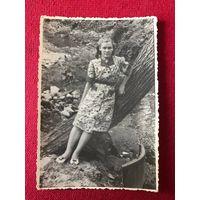 Фото Гродно - девушка - Городничанка (?) - 1950 год, подписана
