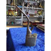 Старинная китайская латунная опиумная трубка с гравировкой.
