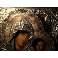 Икона Матерь Божья, оклад серебро 84* проба(1844г.) , ковка. Золочение.
