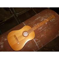 Гитара классическая акустическая  6 -и  струнная