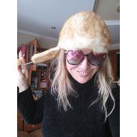Мега хит этого года. Новый дизайн.  Золотая шапка кепи с ушками  из натурального меха, декором . Норка