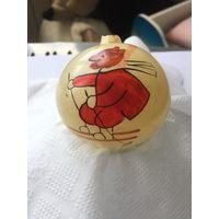Елочная игрушка СССР , роспись лыжник мишка