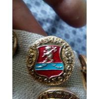 Значок СССР. Золотое кольцо. Рыбинск.