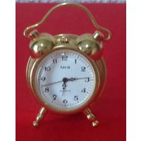 MVB.Миниатюра часы,3,5 см.Часы работают на батарейке,на ходу.Quarz