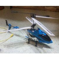 Трехканальный радиоуправляемый вертолет с гироскопом и запасными частями