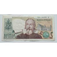 Италия 2000 Лир 1983 -101
