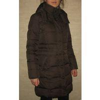 Куртка зимняя (пуховик) ESPRIT, Германия, 44 разм. в идеальном состоянии Размер 44 (UK 12, US 8), 50% пух 50% перо Очень теплый, состояние идеальное, без дефектов, вся фурнитура рабочая.  Обмеры: расс