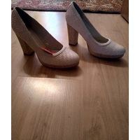 Туфли бежевые на каблуке