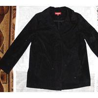 Куртка черная с поясом. Размер 44-46.