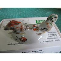 Статуэтка фарфор. Петух и курочка. Редкая миниатюра. Барановка. С 1 рубля.