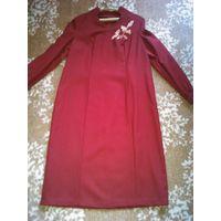 Платье красное, шерсть, советский винтаж, р-р 48-52.