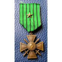 Супер Скидка ! Франция, Виши,  Военный Крест 1939-1940