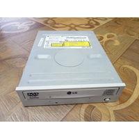 СД проигрыватель. DVD ROM.