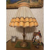 Старинная настольная лампа