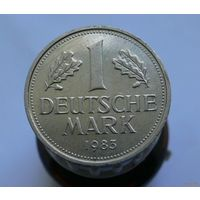 1 марка 1983 D Германия aUNC