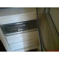 Формы  для фруктов и полки   в холодильник,выдвижные в морозильник.