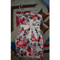 Платье в цветы VERO MODA