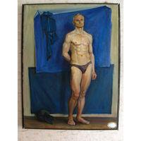 Мужская обнажённая фигура на синем фоне