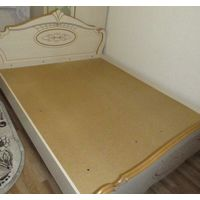 Кровать двуспальная с матрасом,подвезем до подъезда