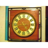 Часы настенные с знаком качества СССР