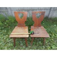 Старинные стулья, пара