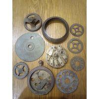 Старинные карманные часы на панно