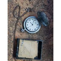 Часы Молния с цепочкой и коробкой.Старт с рубля