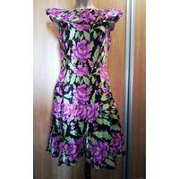 Винтажное летнее яркое цветочное ретро платье