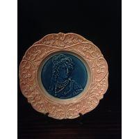 Керамическая декоративная тарелка 19 век