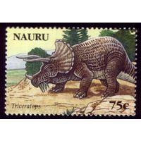 1 марка 2006 год Науру Динозавры 641