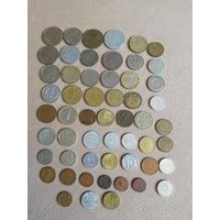 Монеты разных стран, годов и номиналов, 55 монет, есть не частые. С рубля.