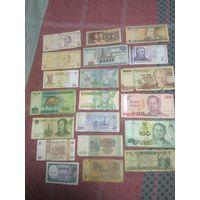 Банкноты разных стран. Цена за все.