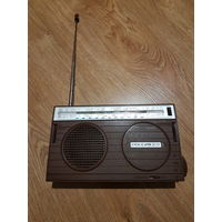 Радиоприёмник ,,Россия-303'' СССР 1989 г.