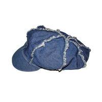 Джинсовая женская кепка на резинке и с подкладкой, очень красиво смотрится на девушках. Пару раз одета, состояние новой. Качество отличное, крепкие швы, покупали в Италии. Состав 100% хлопок.