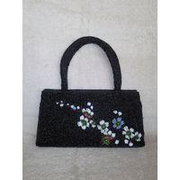 Красивая маленькая сумочка