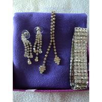 Набор бижутерии(браслет,серьги,колье.)лот 6