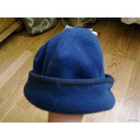 Флисовая шапочка,новая