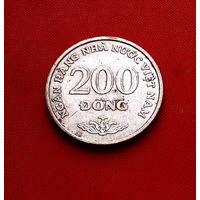 42-25 Вьетнам, 200 донг 2003 г.