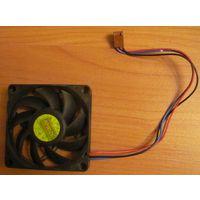 Вентилятор Delta afb0712hhb DC 12V 0,45 A 3-wire/3pin 70 мм (70x70x15 мм)