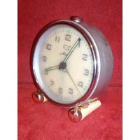 Часы будильник МИР 60-е гг СССР редкие в коллекцию нерабочие