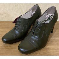Новые женские туфли из натуральной кожи