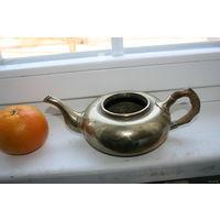 Чайник старый  из металла