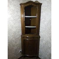 Шкаф витрина